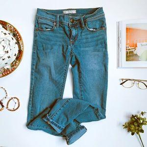 Free people medium wash super soft skinny jean